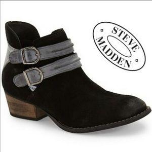 Steve Madden Raskal Black Booties. Size 8